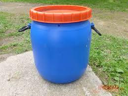10 gallon plastic drum.  Drum Intended 10 Gallon Plastic Drum L