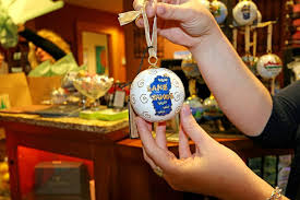 north lake tahoe s various holiday faires offer the perfect opportunity to find perfect gifts for the people you love