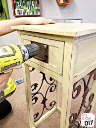 how to paint furniture spray painting