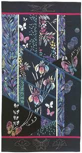 Japanese fabric: quilt patterns, motifs, sashiko, more - Stitch ... & Batik Garden by Kitty Pippen Adamdwight.com