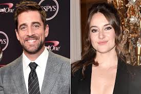 Only high quality pics and photos with shailene woodley. Shailene Woodley And Aaron Rodgers Are Reportedly Engaged Ew Com