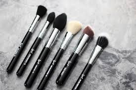 latina sigma beauty brushes cosmetic beauty makeup melrodstyle melrodbeauty