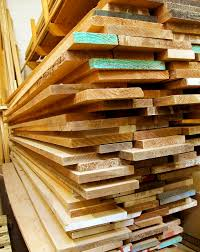 woods used for furniture. what are some of the most common types wood used in building woods for furniture