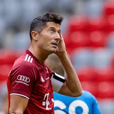 31 years old from poland and playing for bayern münchen in the germany 1. No Days Off For Bayern Munich Star Robert Lewandowski Bavarian Football Works