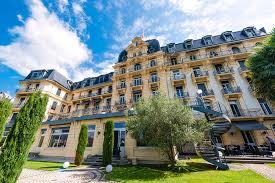 Двойной диплом Чехия Швейцария в сфере отельно ресторанного бизнеса