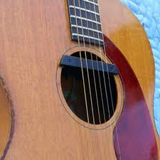 Choosing the Right Pickup For Your Acoustic Guitar | Reverb News
