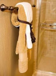 Need to learn how to do these for the flip homes ! How to Display Bath  Towels [Slideshow] Need to learn how to do these for the flip homes !