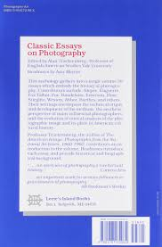 classic essays on photography alan trachtenberg  classic essays on photography alan trachtenberg 9780918172082 amazon com books