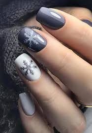 Simple And Nice Nail Art Design 37 Simple Winter Short Nails Art Design Ideas 2018 2019 88 2