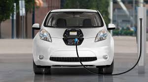 nissan leaf electric car features and on the go