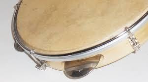 Alat musik ritmis memiliki banyak fungsi, seperti membuat sebuah lagu menjadi lebih hidup dan menjadi lebih enak didengar. Pengertian Alat Musik Ritmis Lengkap Dengan Fungsi Dan Jenis Jenisnya Kumparan Com