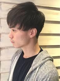 ショートヘアスタイルneolive 渋谷店刈り上げ 前下がりショート