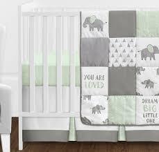 white baby crib per pad