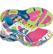 asics women s gel noosa tri 7 running shoe s sporting goods i would go running more just to wear these