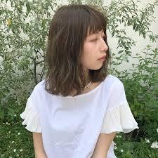 バッサリな毛先が可愛い切りっぱなしセミロングカタログ11選