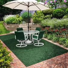 outdoor rugs for a wooden deck