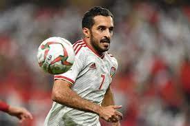 علي مبخوت مهاجم الإمارات يصف إعلامي شهير بالغباء