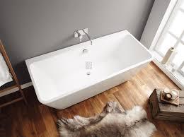 acrylic cuba back to wall freestanding bath