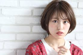 顔型別の輪郭矯正で似合わせ髪 表参道青山恵比寿の美容院
