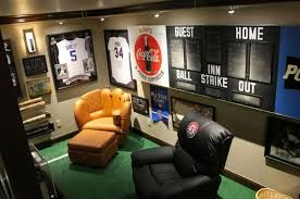Sport Themed Man Cave With Modern Furniture : Awesome Man Cave Decorating  Ideas