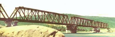 Введение По статической схеме мосты различают балочные разрезные рис 3 2 неразрезные рис 3 3 а и консольные рис 3 3 б рамные рис 3 4 а арочные рис
