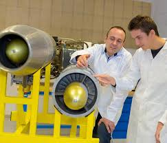 What Does An Aerospace Engineer Do And How To Become One