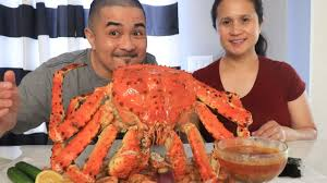 SPIDER KING CRAB MUKBANG - YouTube