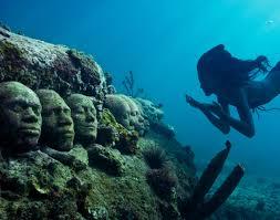 الكاريبي و الجزر الرائعة و متحف الكانكون الغارق