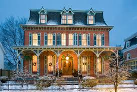 How to Prep Your House for Stunning Winter Curb Appeal