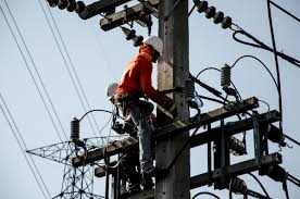 electrical power line installers and repairers 15 electrical power line installers and repairers safeliving101 com