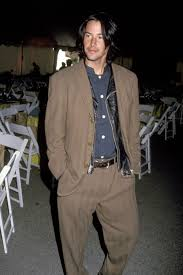 Missfarrell 55 19 марта 2021, 11:23. 7 Style Lessons A Young Keanu Reeves Taught Us All British Gq