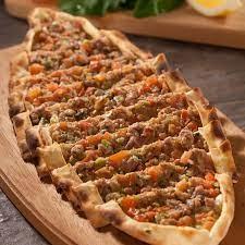 Almanya restaurant is ilanlari. - Fırında pide ve ekmek çeşitleri yapacak  usta aranıyor. Kerpen Tel:01741911658