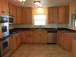 honey oak kitchen cabinets with granite countertops inspirational what color hardwood floor with oak cabinets