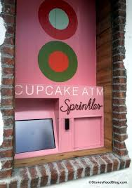 Cupcake Vending Machine Tampa New First Look And Review Sprinkles Cupcakes In Disney Springs Town