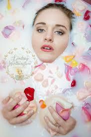 Floral Milk bath shoot, Seduire Boudoir, Lindsey Worthington ...