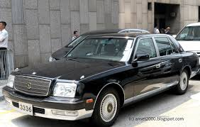 Supercars of Hong Kong. Toyota Century a rare V12 Sedan Spotted in ...