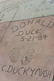 file donald duck in grauman s chinese theatre jpg  file donald duck in grauman s chinese theatre jpg