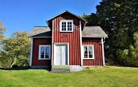 Treppen im freien und balkongeländer sind ständig wind und wetter ausgesetzt. Gartenhaus In Schwedenrot Streichen Ral Farbton Anleitung
