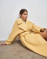 <b>Пальто на поясе</b> в интернет-магазине — <b>12Storeez</b>