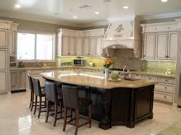 Custom Kitchen Islands for Practical Kitchen Works