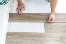 installing vinyl plank flooring cutting end pieces