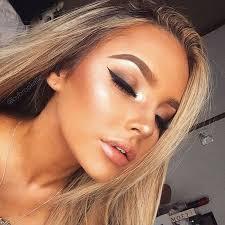 9 tips for making summer makeup last longer