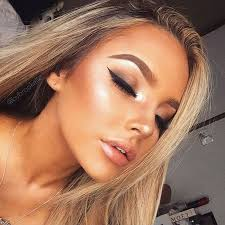 the key rule of summer make up less is better give your skin a break from the heavy inter season powders foundations and other s with oily