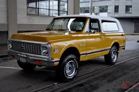 Chevrolet K5 Blazer CST (Custom) 4X4 Wheatland Yellow New Interor ...