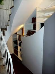 Regal Unter Treppe Schön Bett Richtig Stellen Deko Ideen Diy Bett Im