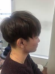 今人気のマッシュ 横は刈り上げて被せてスッキリ 黒かった髪も明るく