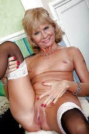 Granny Pics Slut Photo Grannies Big Ass Woman Shows Pink Pussy