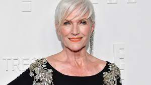 Where Elon Musk's Mother, Maye Musk, Gets Her Motivation to Pursue Her  Dreams