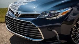 2017 Toyota Avalon Hybrid Limited Review - YouTube
