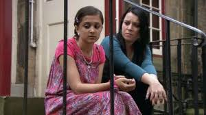 Dani harmer is officially reprising her role as tracy beaker in a reboot of the show, 15 years after the last series aired on cbbc. My Mum Tracy Beaker Dani Harmer Returns In Famous Role Cbbc Newsround